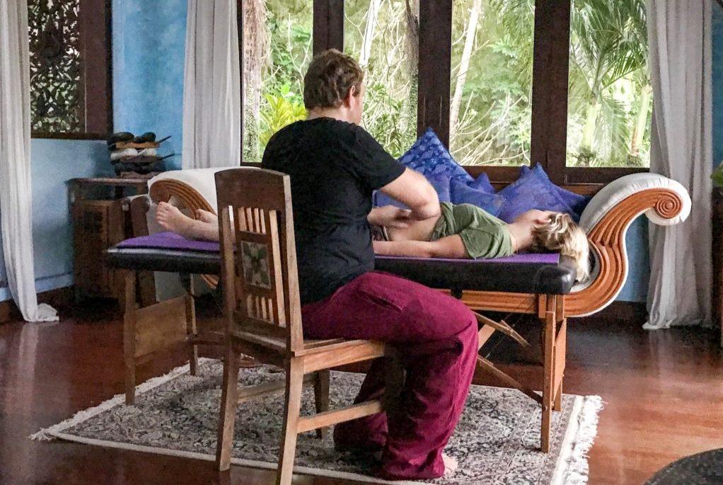 Висцеральная терапия/Массаж живота